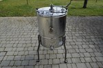 4-Frames-Extractor, manual, barrel 52 cm, without going through middle axle, frames 30 x 48 cm